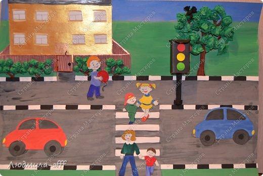 Здравствуйте мастера и мастерицы.Хочу поделиться с вами поделкой и МК на тему правила дорожного движения,которую мы с сыном делали в садик. фото 20