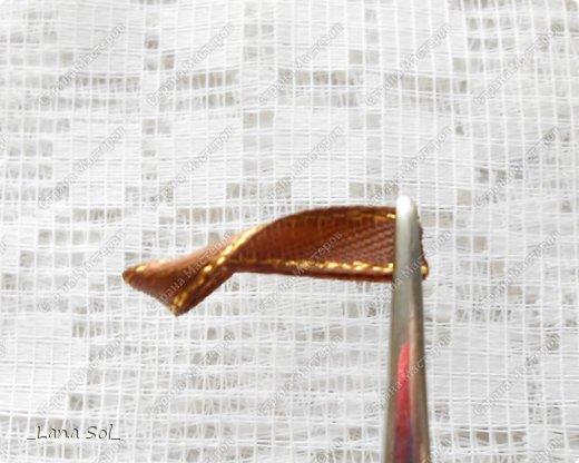 Мастер-класс Украшение Цумами Канзаши МК цветов и лепестка Молочный шоколад Ленты фото 11