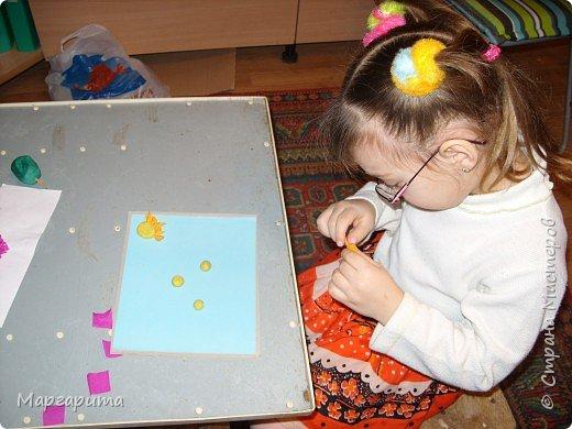 "Торцевание на пластилине: ""Цветочная полянка"" фото 2"