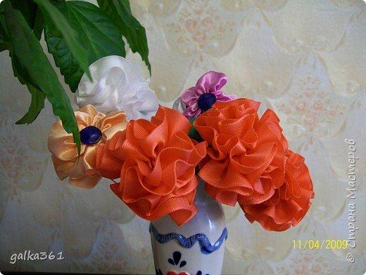 Шитьё: Цветы из лент фото 1