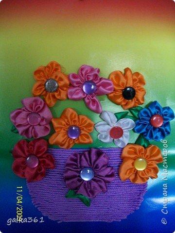 Аппликация цветов из лент