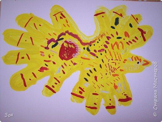 """Отпечатки ладошек: """"Птица-Счастье"""" фото 8"""