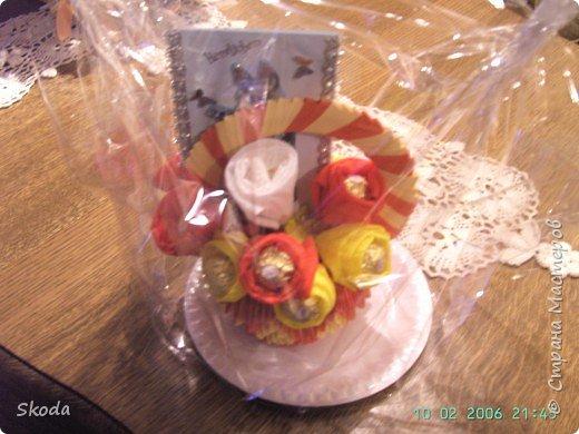Оригами модульное: Букет из конфет в вазочке из оригами