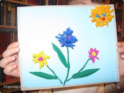 "Торцевание на пластилине: ""Цветочная полянка"" фото 1"
