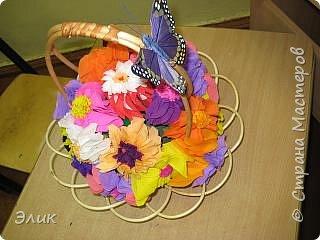 Торцевание на пластилине: Цветы в подарок учительнице