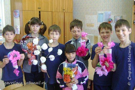 школьная творческая выставка фото 3