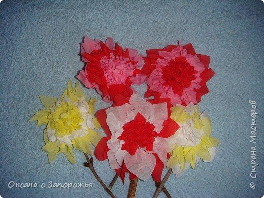 Торцевание на пластилине: Цветы из салфеток