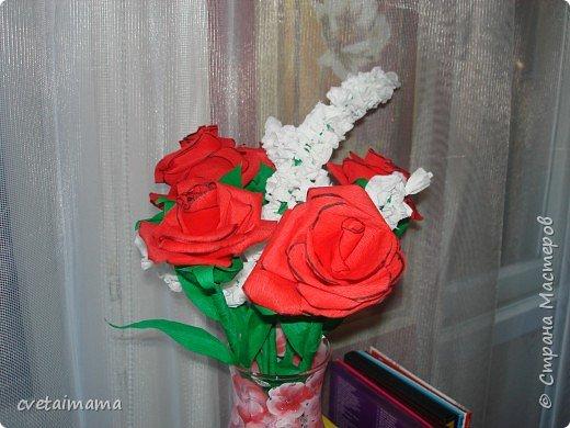 розы из гофрированной бумаги фото 4