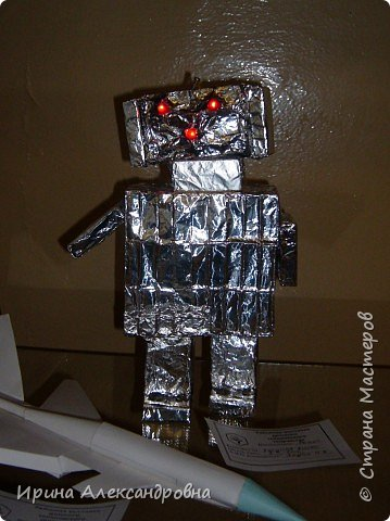 Моделирование: Робот из спичечных коробков фото 2