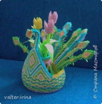 Оригами модульное: Павлин с вазой фото 2