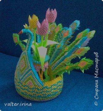 Оригами модульное: Павлин с вазой фото 3