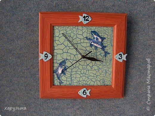 Декупаж: Часы с дельфинами