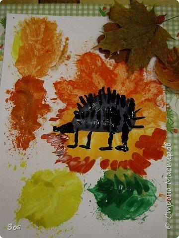 """Отпечатки листьев: """"Ежики идут спать..."""" фото 6"""