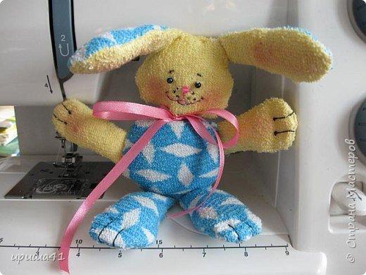 Игрушка мягкая: Зайчонок для дочурки.