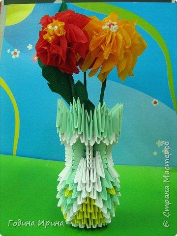 Бумагопластика: Ваза с цветами