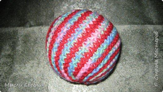 Вязание: мячики вязаные фото 1