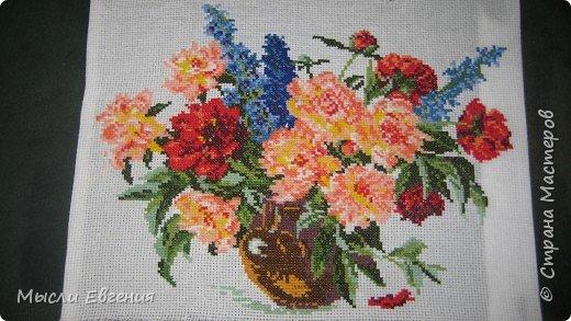 Вышивка крестом: садовые цветы