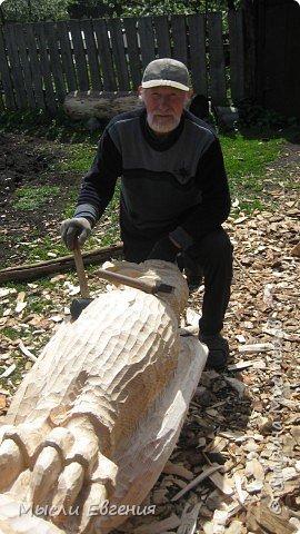Резьба по дереву: Живет такой мастер... фото 1