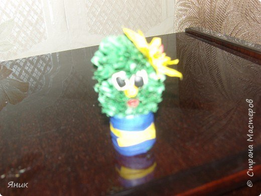 Торцевание на пластилине: кактусенок