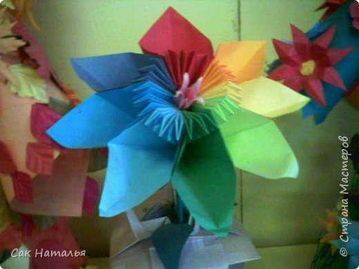 Оригами: ЦВЕТИК-МНОКОЦВЕТИК