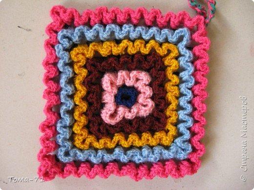 Вязание крючком: декоративная вязаная прихватка второй вариант