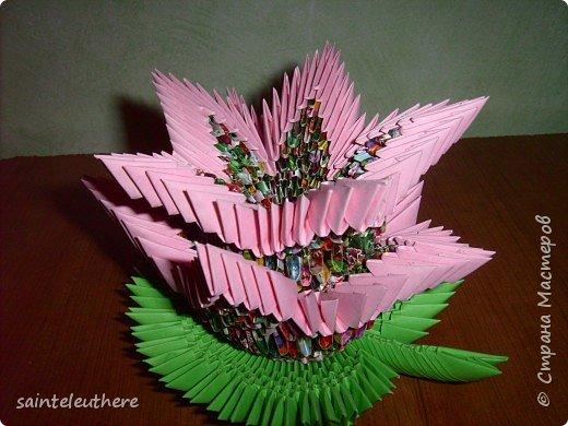 Оригами модульное: лилия на зеленом листочке фото 2