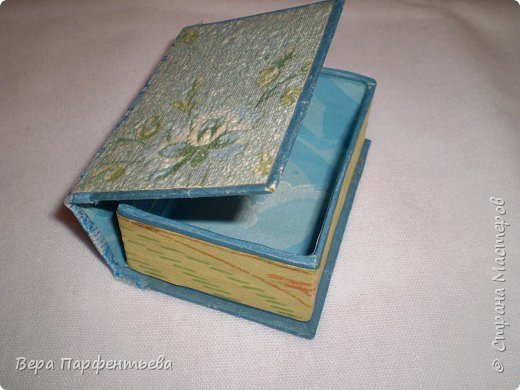 Книжка - шкатулка