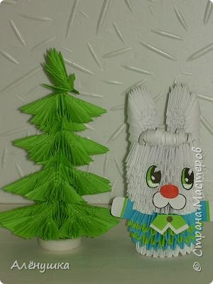 Оригами модульное: В лесу родилась елочка...