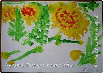 Настя Селлер, 3,8 лет увидела такой одуванчиковую полянку. фото 3