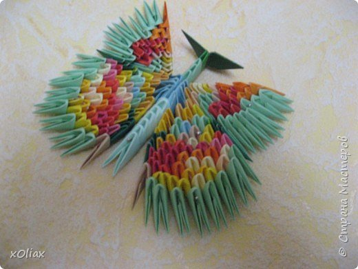 Оригами модульное: Бабочка (2)
