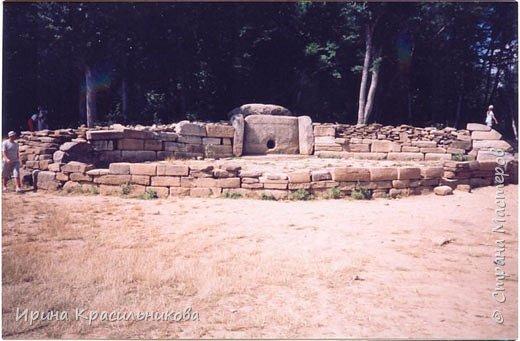 Каменные стражи Геленджика
