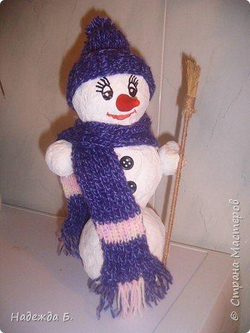 Папье-маше: Снеговичок.