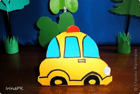 Такие автобусы и машинки собираемся делать с детьми. Их можно использовать как коробочки (положить что-нибудь внутрь), а можно просто играть, изучать правила дорожного движения. фото 8