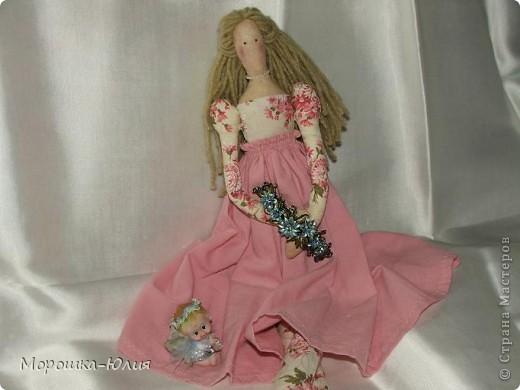 Очень понравилась эта кукла. Но очень много интересных деталей я нашла в интернете уже после того, как закончила работу над моей первой героиней. фото 3