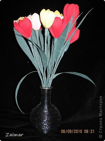 Декор предметов 8 марта День матери День рождения День учителя Бисероплетение Бумагопластика Вазочка для тюльпанов Бисер Бумага гофрированная Бутылки стеклянные фото 2