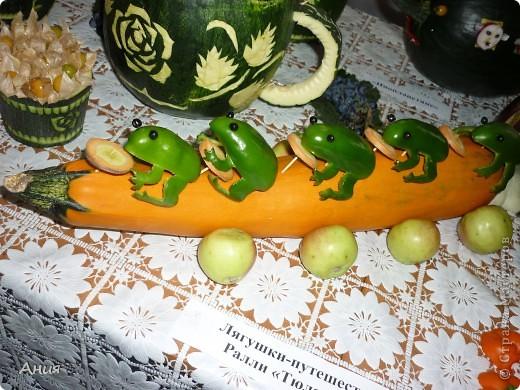 Поделка изделие День учителя Карвинг Поделки из овощей Овощи фрукты ягоды фото 3