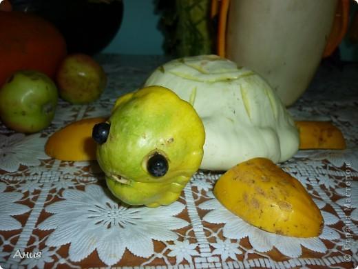 Поделка изделие День учителя Карвинг Поделки из овощей Овощи фрукты ягоды фото 6