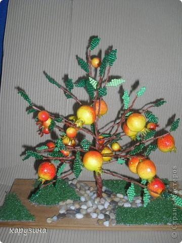 Коллективная работа Новый год Бисероплетение Гранатовое дерево Бисер фото 2.