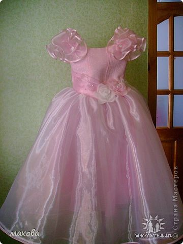 Платья детские выполнены по МК. http://stranamasterov.ru/node/95427 золотое платье  фото 5