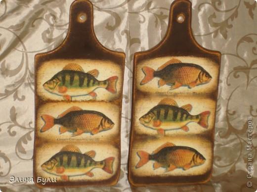 Хочу показать новые кухонные досточки: Досточка для разделки рыбы фото 1