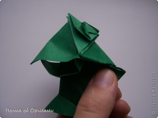 Фигурку поющего лягушонка создал Теруо Тсуджи. Изобретена она в девяностых годах прошлого века, а в 1996 году даже побывала на международной выставке в Японии. Лилия - очень давняя и известная многим, а вот болото придумала я сама специально для этой композиции. фото 21