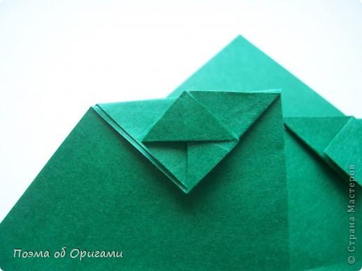 Фигурку поющего лягушонка создал Теруо Тсуджи. Изобретена она в девяностых годах прошлого века, а в 1996 году даже побывала на международной выставке в Японии. Лилия - очень давняя и известная многим, а вот болото придумала я сама специально для этой композиции. фото 9