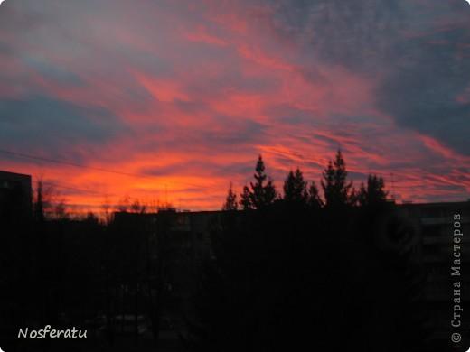 очень люблю смотреть на небо,особеннно из окна(не фотошоп) 5 ноября 2009г фото 1