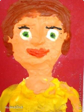 Наши мамы.Портреты из пластилина. фото 4