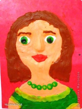 Наши мамы.Портреты из пластилина. фото 7