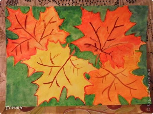 Дали нам в садике домашнее задание,принести рисунки на тему осени,мы с сынишкой немного потрудились и вот результат.Берёзка. фото 2