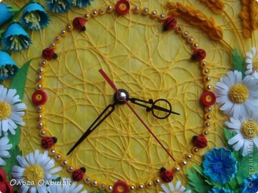 """Дорогие мастерицы! Представляем вашему вниманию наш творческий семейный проект часы  под названием """"Цветы России"""".Надеемся успешно защитить его в этом учебном году со старшей дочерью Катериной   на школьной и районной научно-практической конференции. фото 6"""