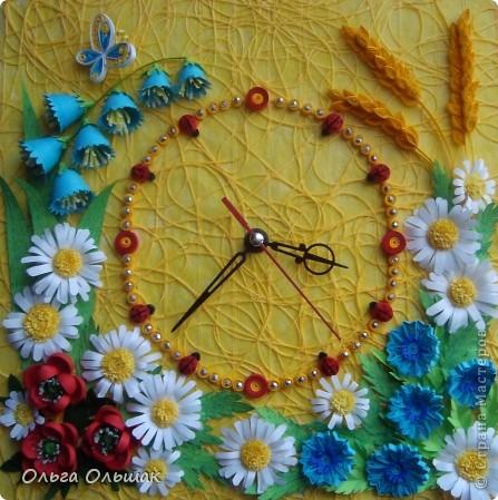 """Дорогие мастерицы! Представляем вашему вниманию наш творческий семейный проект часы  под названием """"Цветы России"""".Надеемся успешно защитить его в этом учебном году со старшей дочерью Катериной   на школьной и районной научно-практической конференции. фото 7"""