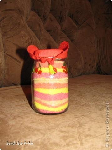 Насыпалась у меня вот такая малышка в ковбойской шляпе:) Делалась она с целью утилизации соли, оставшейся от первой насыпушки. В итоге утилизации не получилось - соль, пусть немного, но осталась. фото 1