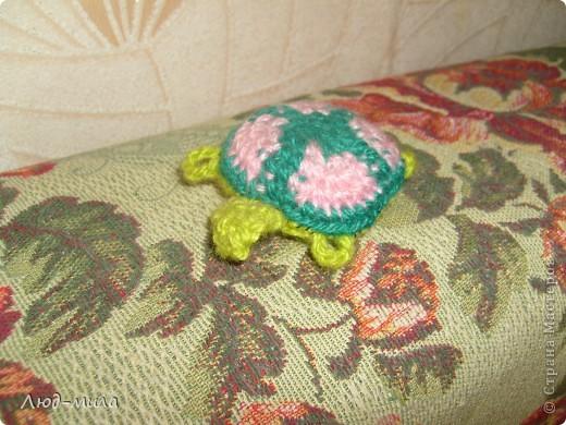 Эти игрушки давным-давно делала моя дочка, еще когда в школе училась. Мышь зеленая. Такая же, только синяя, уехала жить к племяннику в Алтай,  до сих пор прекрасно себя чувствует.  фото 6